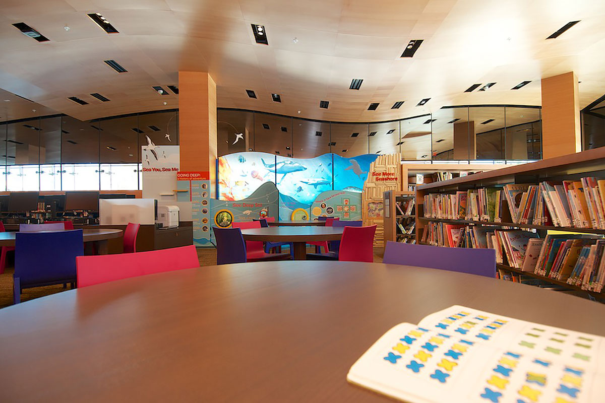 Manhattan_Beach_Library